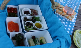 Picnic Basket - Order on line - add date required